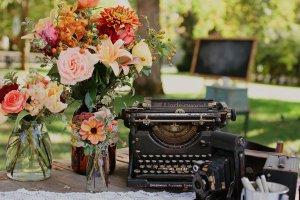 Underwood-vintage-typewriter-prop1
